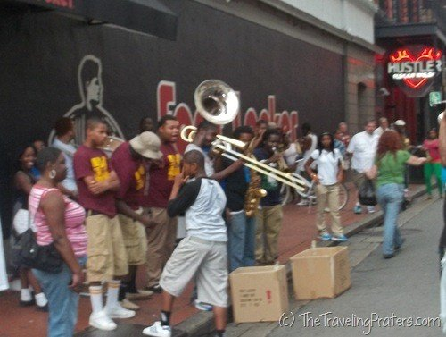 Street performers on the corner of Bourbon and Canal Streeets
