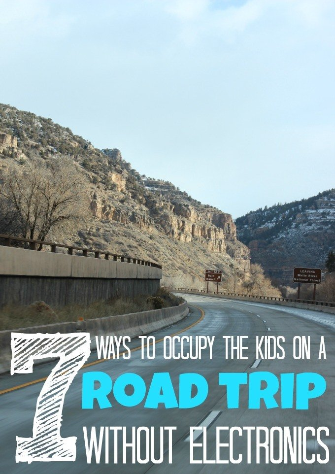 7 Ways to occupy the kids on a road trip without electronics