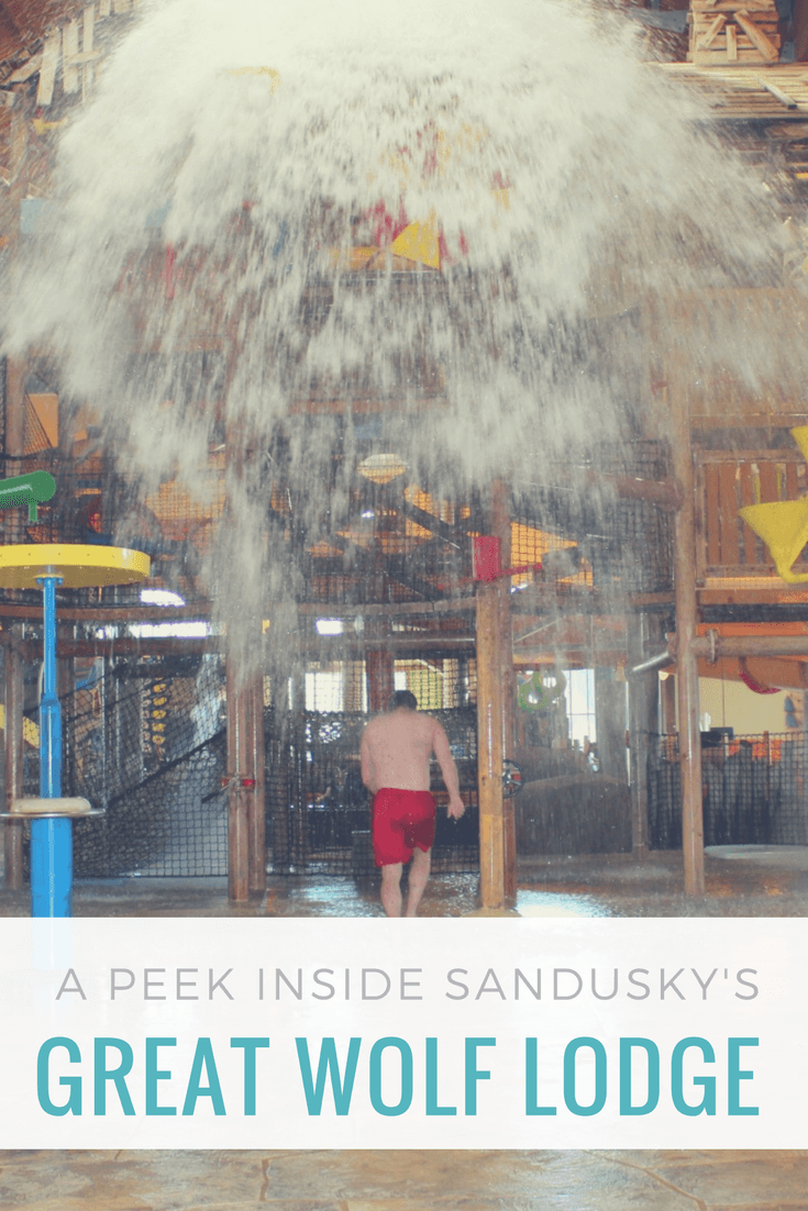 A Peek inside Sandusky's Great Wolf Lodge Waterpark- the perfect place for an Ohio spring break getaway.