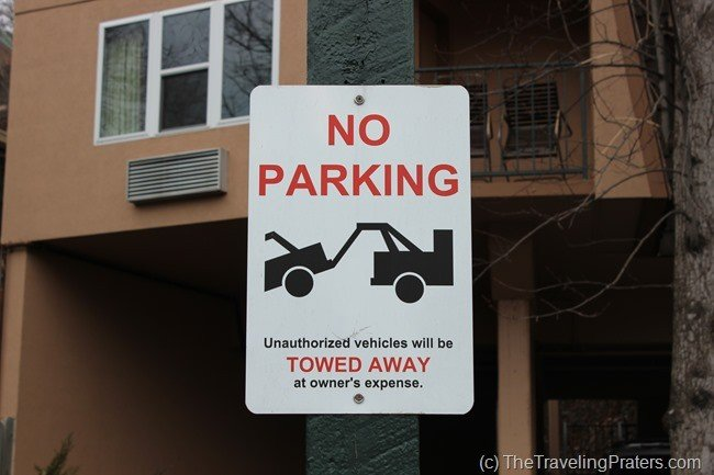 Parking at Quality Inn Creekside