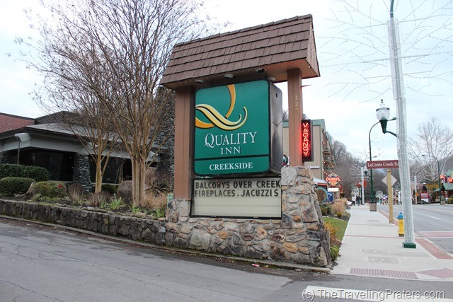 Affordable Large Family Accommodations in Gatlinburg {Quality Inn Creekside}