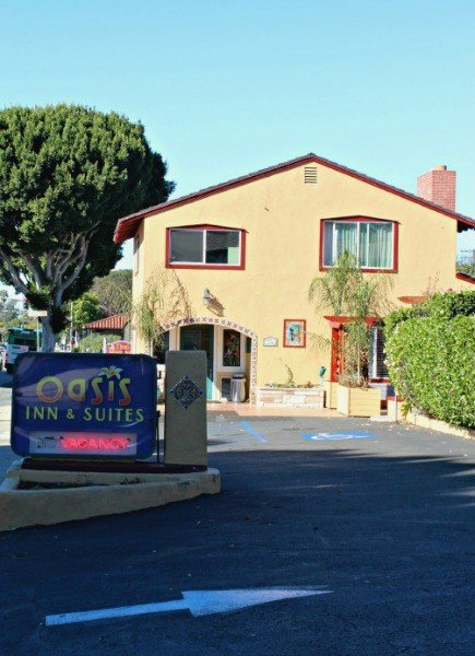 Oasis Inn & Suites in Santa Barbara California