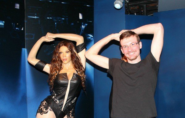 Striking a pose with Beyonce at the Hollywood Wax Museum