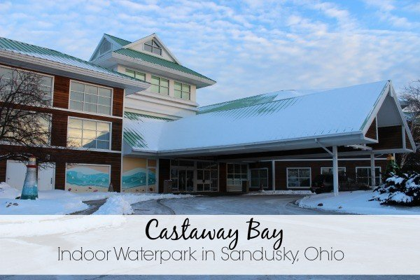 Castaway Bay Indoor Waterpark in Sandusky Ohio