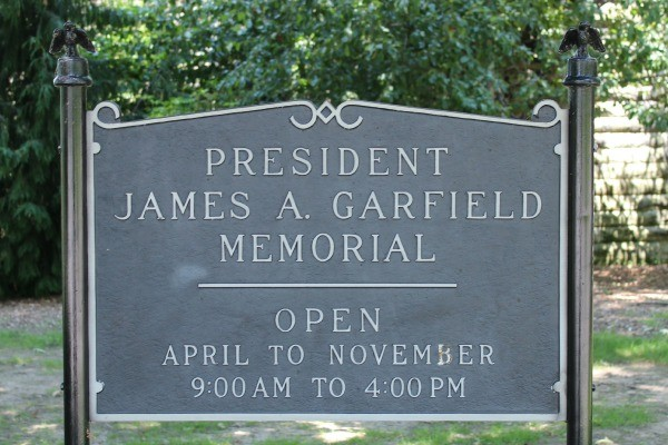 Sign for Garfield Memorial