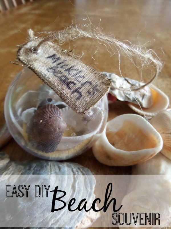 Remember your vacation with an easy to make DIY Beach Souvenir/ Beach Christmas ornament that can be made in minutes and is easy enough for kids to make.