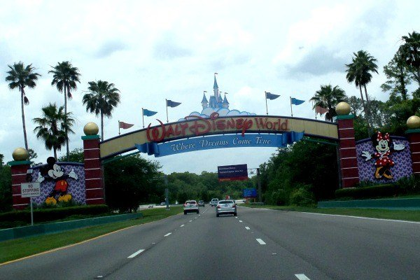 Entering the Gates of Walt Disney World
