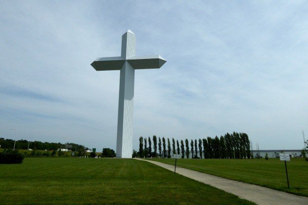 Cross at the Crossroads in Effingham, Illinois