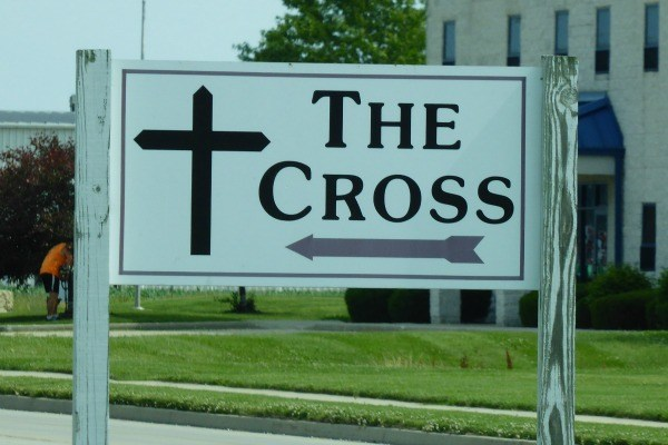 Followed signs to the Big Cross at the Crossroads roadside attraction