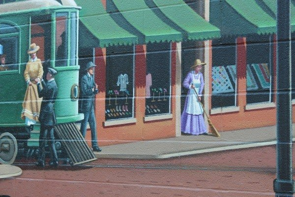 Gangsters in the Great American Crossroads Mural