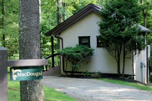The MacDougal Croft at Glenlaurel a cozy one bedroom romantic luxurious hideaway