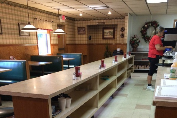 Another look at the inside of Lyn-Way Restaurant in Ashland, Ohio