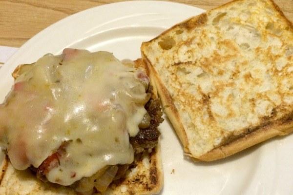 Restaurant Review: Lyn-Way in Ashland, Ohio