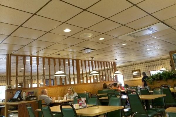 Inside Lyn-Way Restaurant in Ashland, Ohio