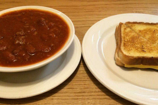LynWay Restaurant in Ashland, OHio Chili and Grilled Cheese