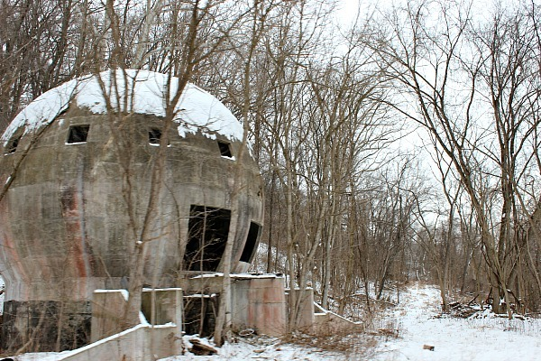 The ruins of Stewart's Folly roadside attraction in Hocking Hills
