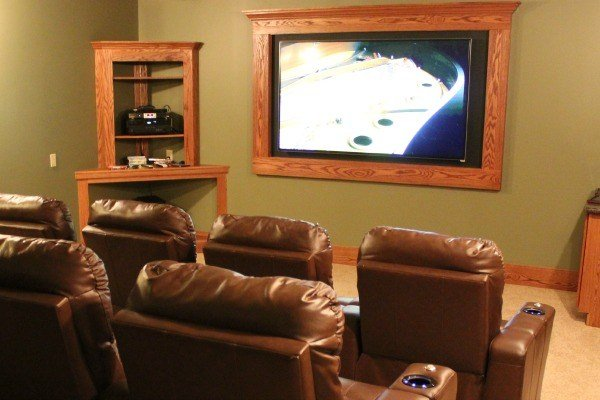 The Theater Room at Laurel Run has comfortable reclining seating for Eleven Guests.