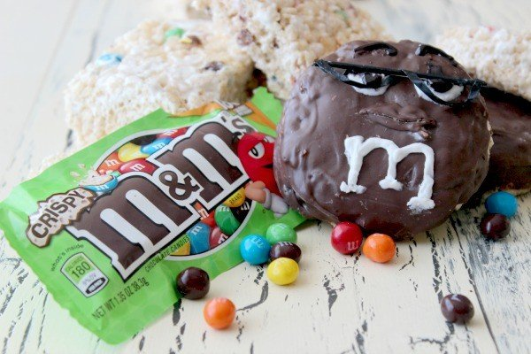 M&M's® World in Times Square and New M&M's® Crispy Lower Calorie Snacks