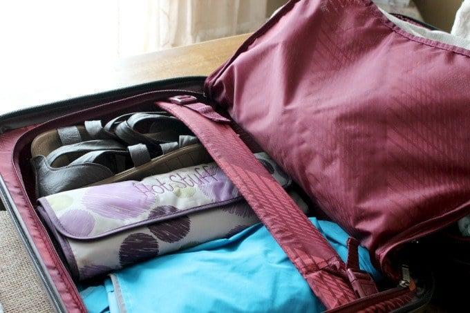A peek inside the Ricardo Elite Roxbury 2.0 hard-sided luggage