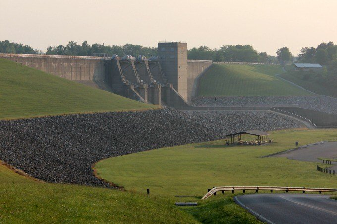 Another look at the dam at Deer Creek State Park.