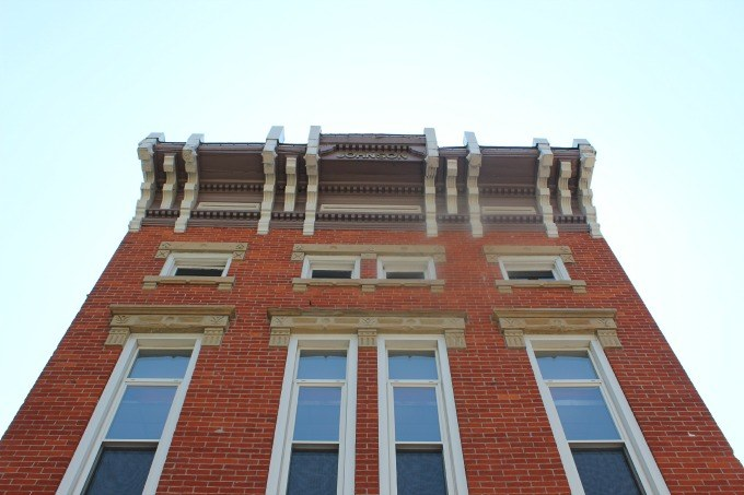 Circleville has many historical buildings with interesting architectural elements.