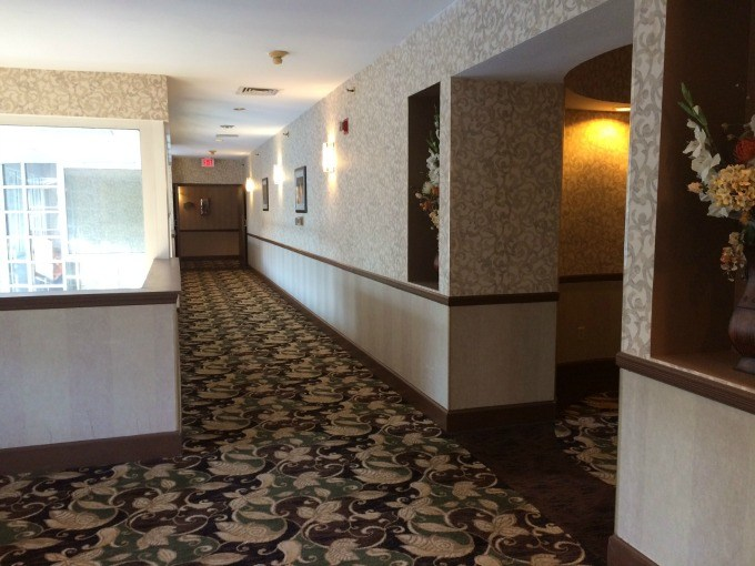The interior of the Best Western Inn & Suites at the Falls in Poughkeepsie, New York.