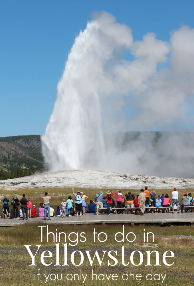 With so many things to do in Yellowstone, planning to visit for one day is not ideal. This post offers a sample itinerary and some tips on where to begin.