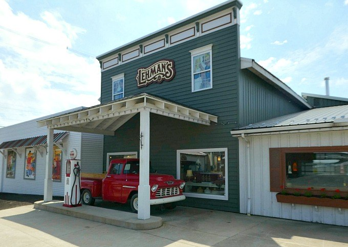 Founded in , Lehman's offers a range of hardware products. The company provides a variety of cookware, kettles, baking pots and pans. It has trivets, peelers, Location: Kurzen Rd N, Dalton, , OH.