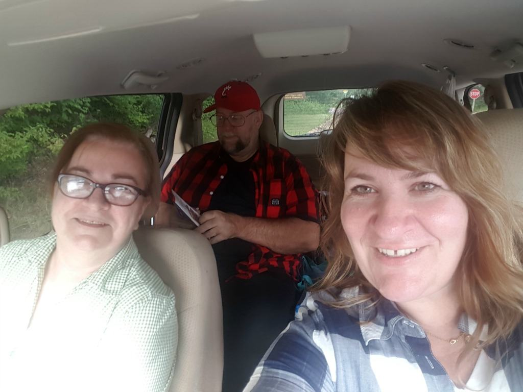 road-tripping-with-mom-and-dad