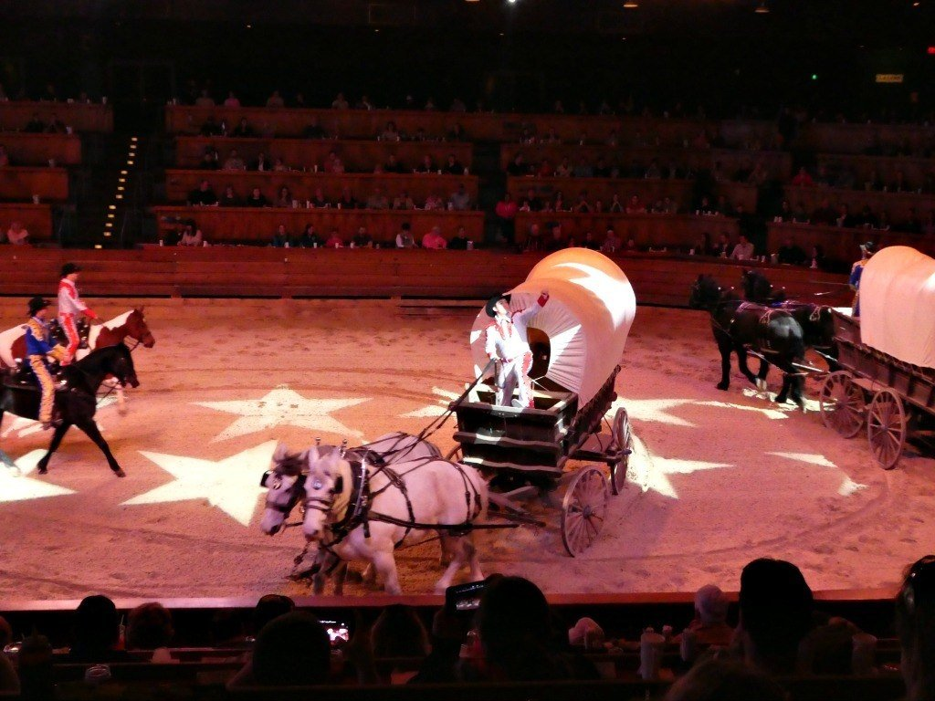 Covered Wagons at Dixie Stampede