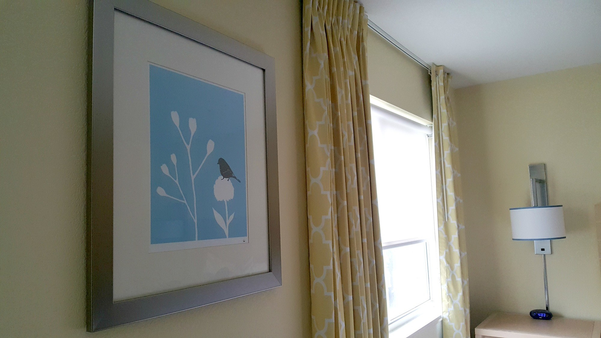 Cheerful decor at Sonesta ES Suites Dublin
