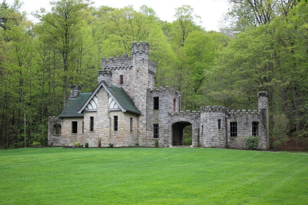 Squire's Castle in the Cleveland Metroparks is one of the castles in ohio