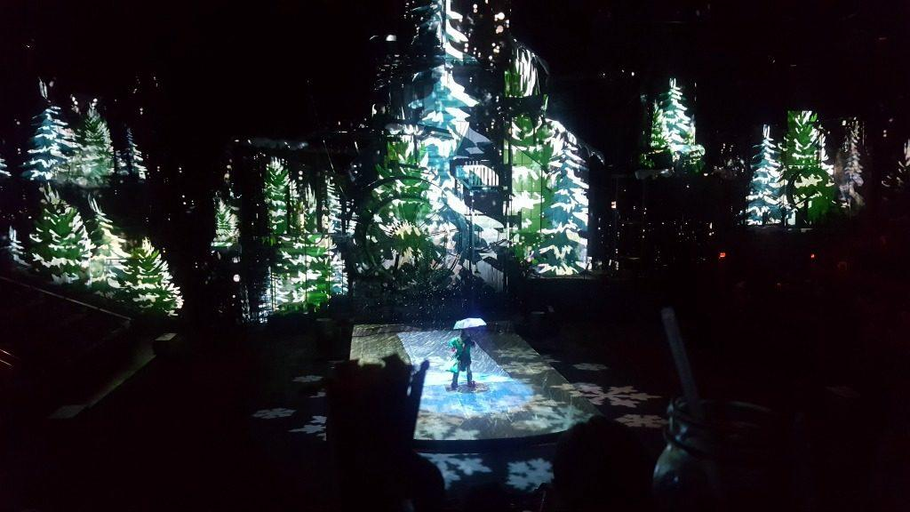 A Review of Dolly Parton's Smoky Mountain Christmas Show
