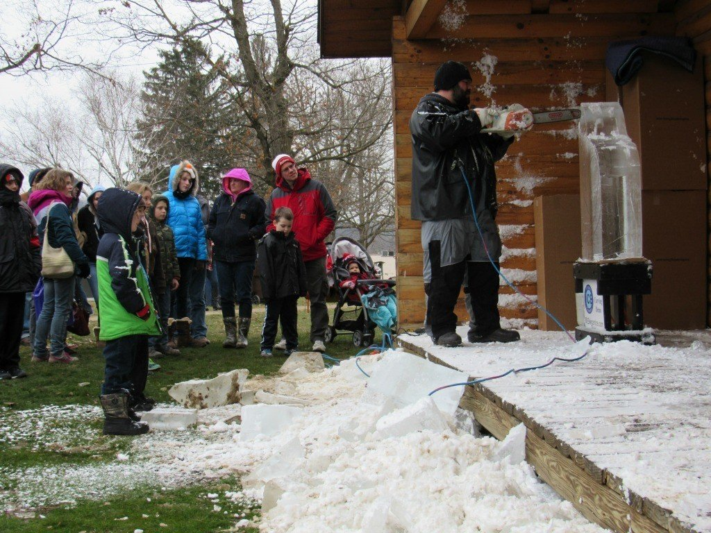 Ice sculpting at Mohican Winterfest