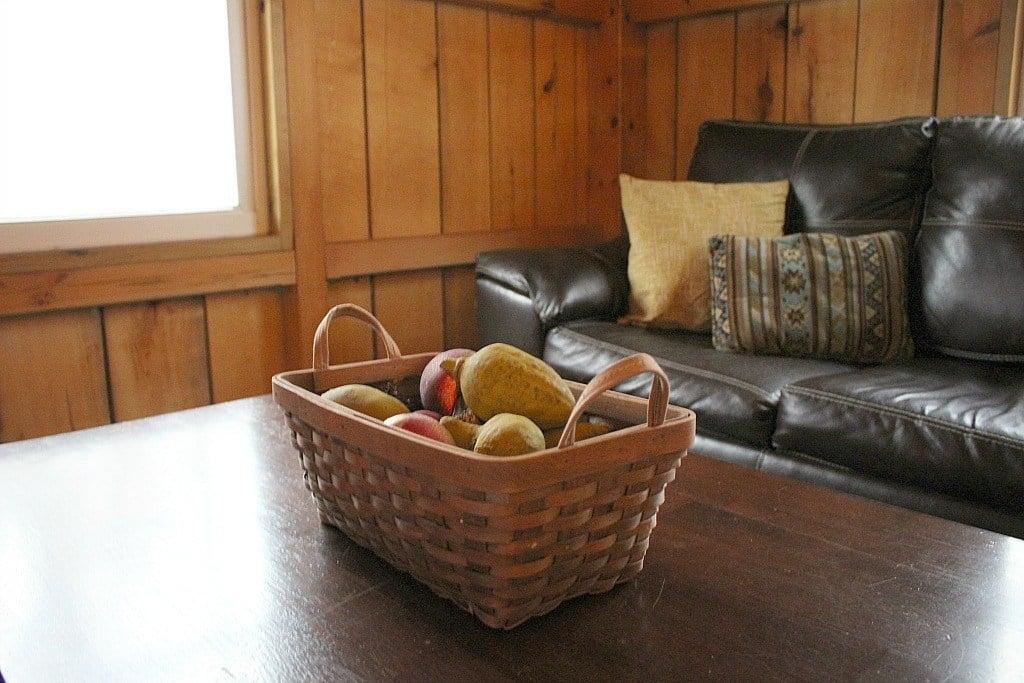 I love the little decorative touches in the Killbuck Cabin.