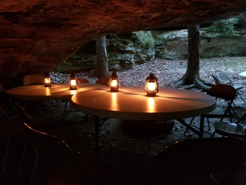 Dine in the Golden Circle at Shawnee National Forest.