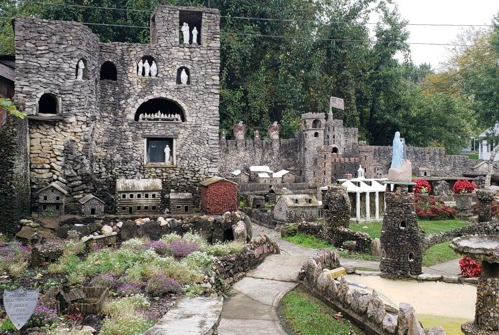 Hartman Rock Garden walkway