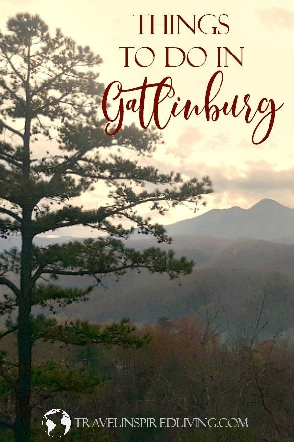 Are you planning a trip to the Smokies? You'll find there's no shortage of things to do in Gatlinburg. We're sharing our favorite attractions, restaurants and lodging. #thingstodoingatlinburg #smokymountains #gatlinburg