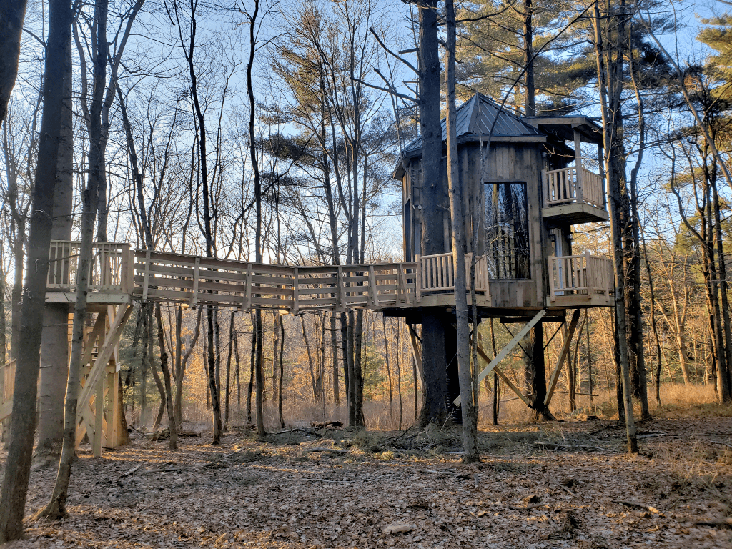 El Castillo is the newest addition to the treehouse hotel near Amish Country in Ohio.