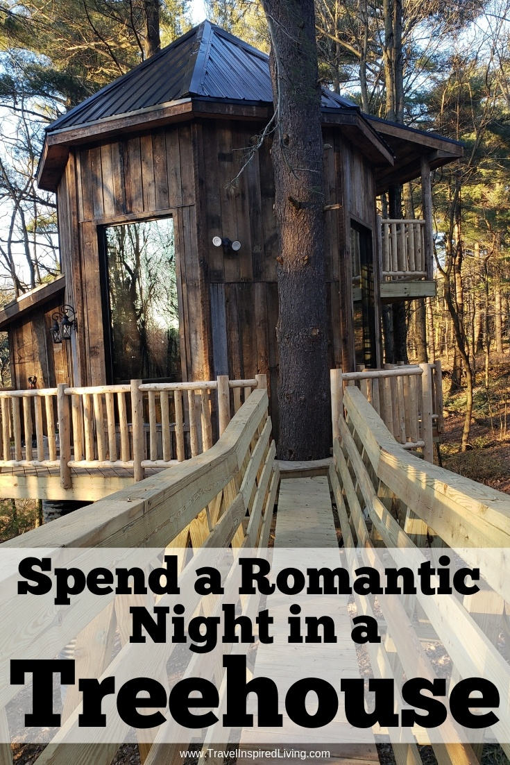 Your castle awaits when you spend a romantic night enoying treehouses in Ohio. The Mohicans is located a short drive from Ohio's Amish Country in the heart of Ohio's outdoor playground. This is the perfect spot for nature lovers looking for a romantic unplugged getaway. #treehouse #glamping