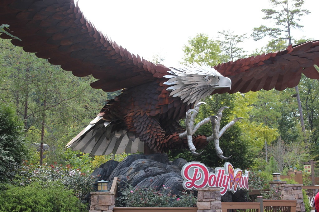 Dollywood welcomes thousands of visitors each season. Visit Pigeon Forge to find out what's so special about this fun theme park.