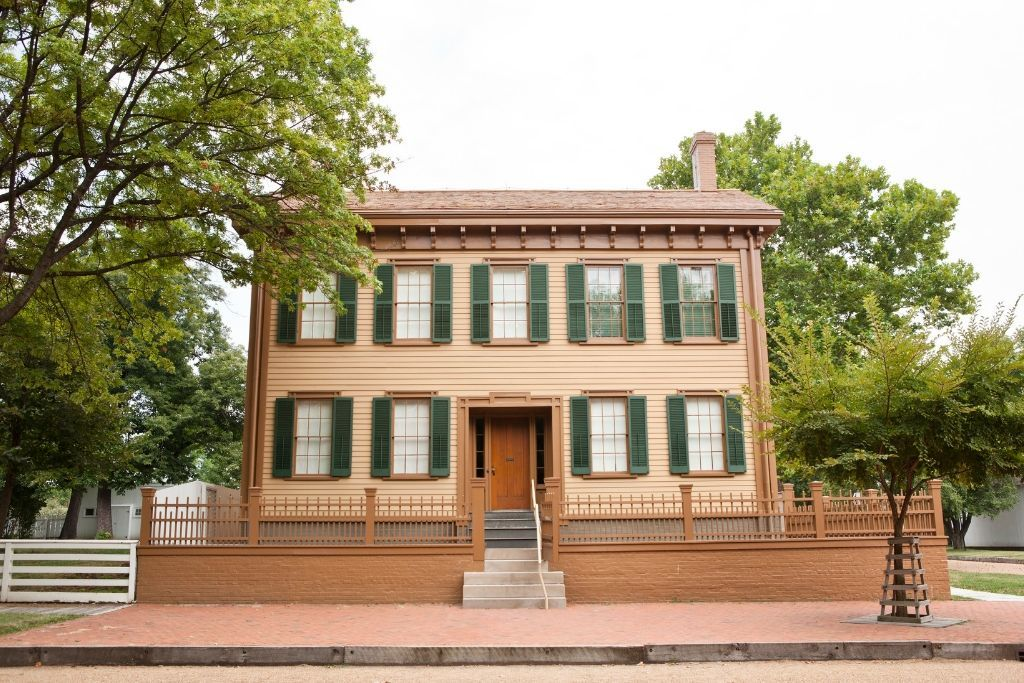 Photo of historic Lincoln Home Springfield Illinois