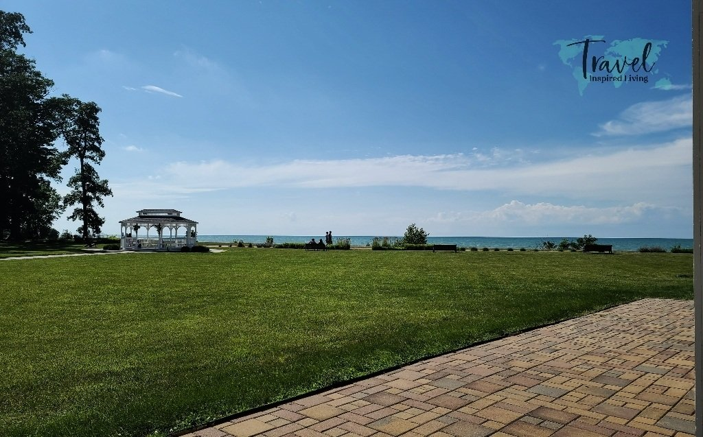 A gazebo with Lake Erie behind it.