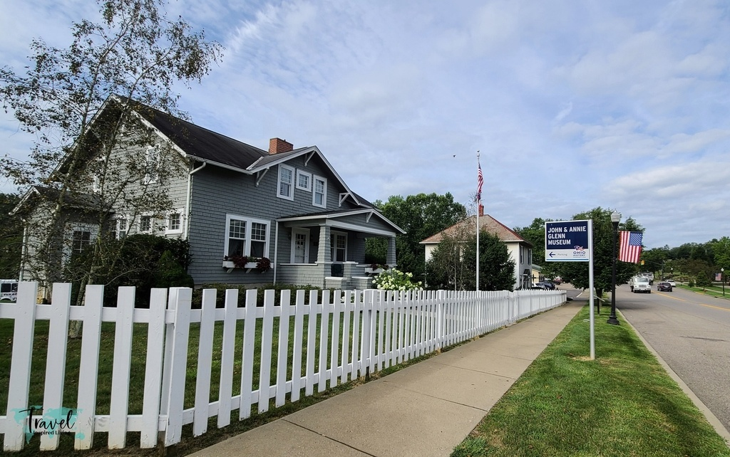 cute home with white picket fence
