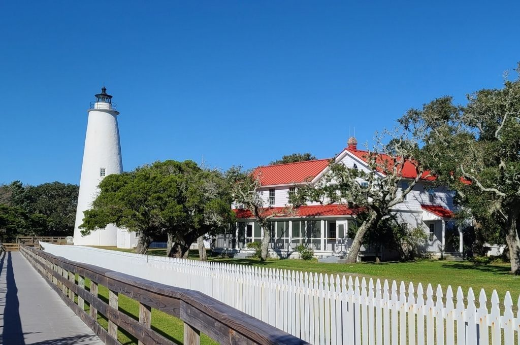 The Ocracoke Island Lighthouse and Keepers House is located on Ocracoke Island.